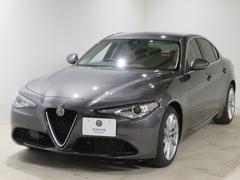 アルファロメオ ジュリアディーゼル スーパー 新車保証 衝突軽減 ACC ベージュ革