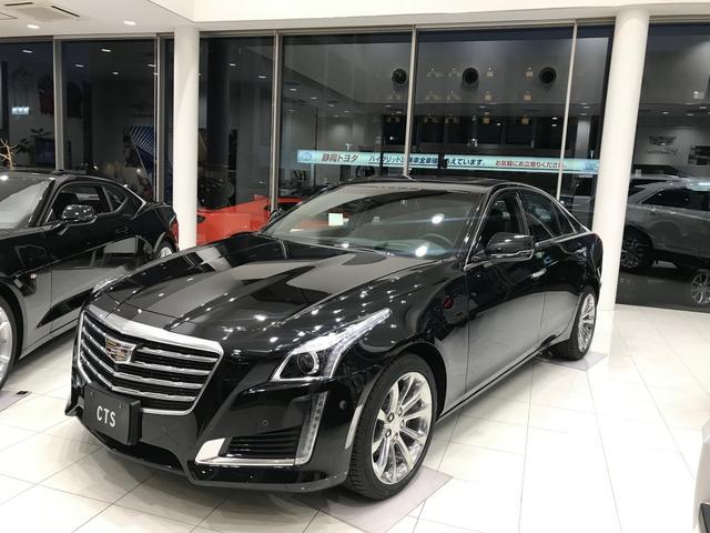 キャデラック 新車未登録車2019モデルブラック/モレロレッド