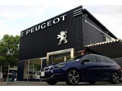 プジョー 308SW GT BlueHDi パノラミックガラスルーフ