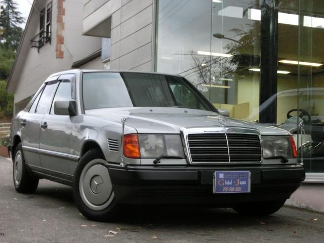 メルセデス・ベンツ 300Dターボ ディラー車 左ハンドル