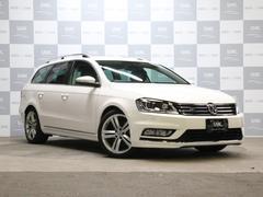 VW パサートヴァリアントRラインエディション 禁煙 黒革 OP18AW 純正ナビTV