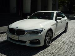 BMW523d Mスポーツ 登録済み未使用車 サンルーフ