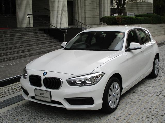 BMW 118i 登録済み未使用車