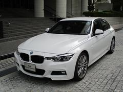 BMW320i Mスポーツ 登録済み未使用車  19インチ