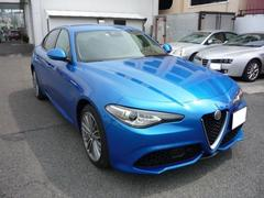 アルファロメオ ジュリアヴェローチェ 左H 4WD  弊社デモカー 新車保証継承