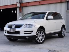 VW トゥアレグV8 サンルーフ 本革シート 純正ナビ地デジTV キセノン