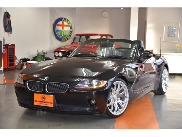 BMW Z4 2.2i ロードスター 2シーターオープン 電動トップ ブラックサファイヤ 黒革シート&ヒーター ガラスコーティング済み禁煙ディーラー車