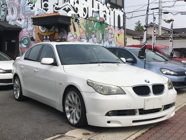 BMW 530i 純正ナビ 社外19インチAW SR 社外エアロ 革