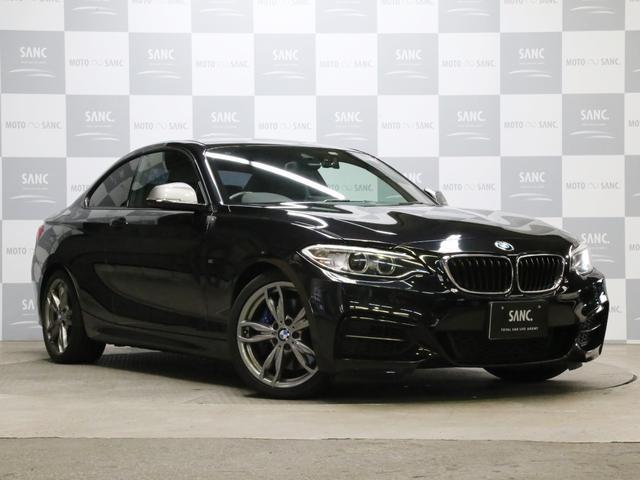 BMW M235iクーペ 禁煙 黒革 バックカメラ 専用ブレーキ