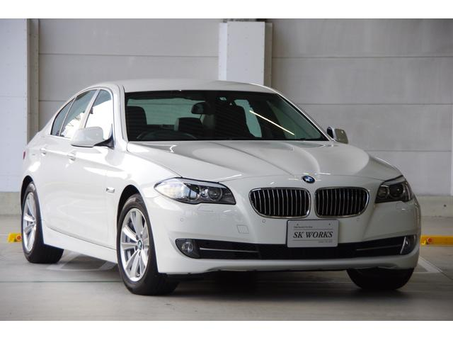BMW 523iハイラインPKG・1オーナー・保証書・取説・記録簿