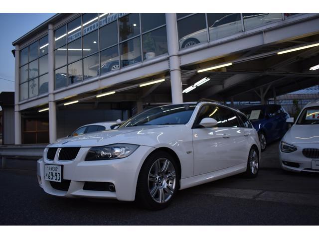 BMW 320iツーリング Mスポーツ  リア255/40R17付