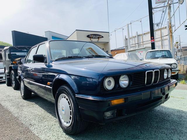 BMW 3シリーズ 320i 左ハンドル実走行車両整備記録簿