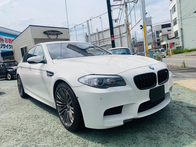 BMW M5 M5 ナッパーレザーアイボリー19mホイールヘッドアップディスプレイ