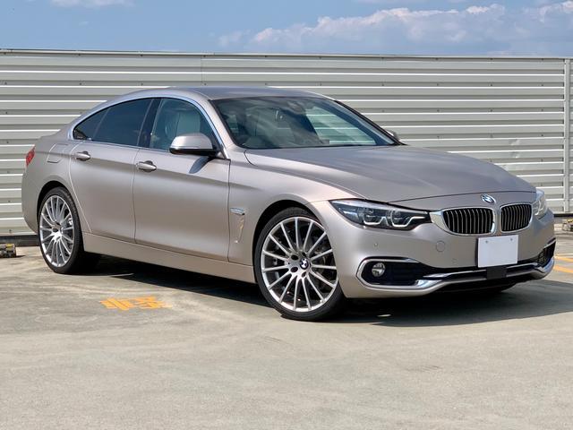 BMW 430iグランクーペ ラグジュアリー フローズンカシミアシルバーに Individualアイボリーフルレザーインテリアに20AWがお洒落な特別仕様!ヘッドアップD ブラインドアシスト アクティブクルーズ Rカメラ コーナーセンサー