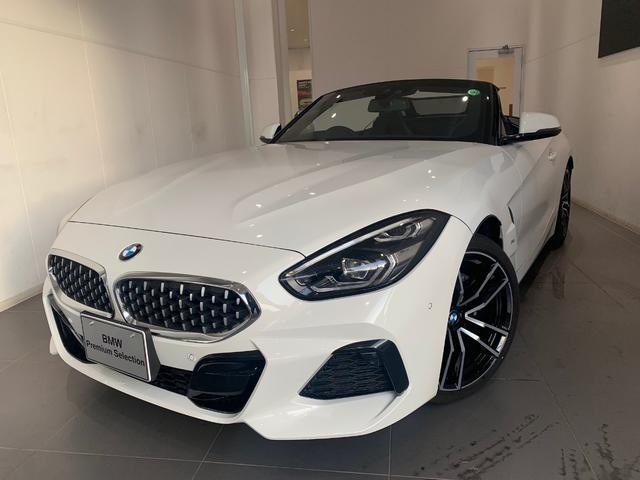 BMW sDrive20i Mスポーツ
