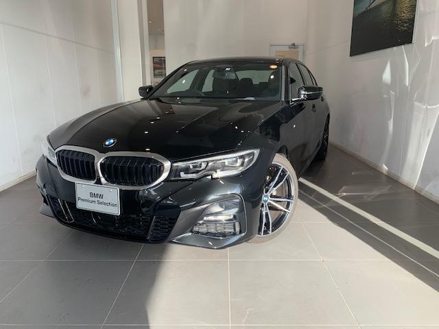 BMW 318i Mスポーツ LEDヘッドライトACC電動リアゲート