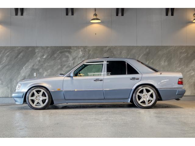 Eクラス(メルセデス・ベンツ) E500 中古車画像