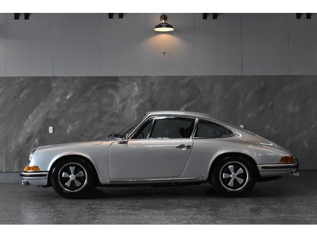 ポルシェ 911 911E 2.0/5MT 5ナンバー