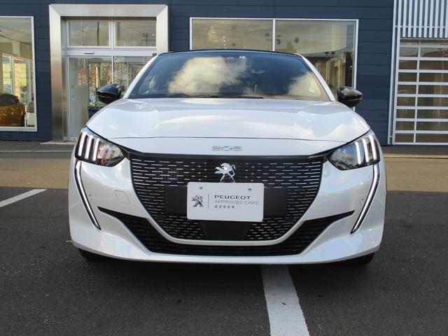 プジョー e-208 GTライン 電気自動車 ガラスルーフ LEDヘッドライト 半革 バックカメラ 衝突軽減ブレーキ アクティブクルコン アクティブブラインドスポット 3Dデジタルヘッドアップディスプレイ スマートキ-
