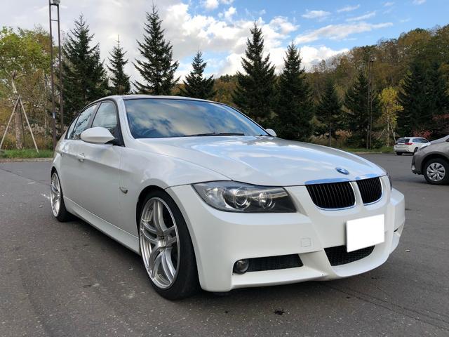 BMW 320i M仕様 19インチアルミ ブラックルーフ