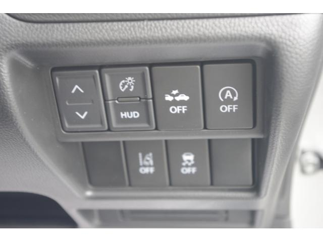 衝突回避装置や横滑り防止機能、アイドリングストップシステムなど装備も充実♪