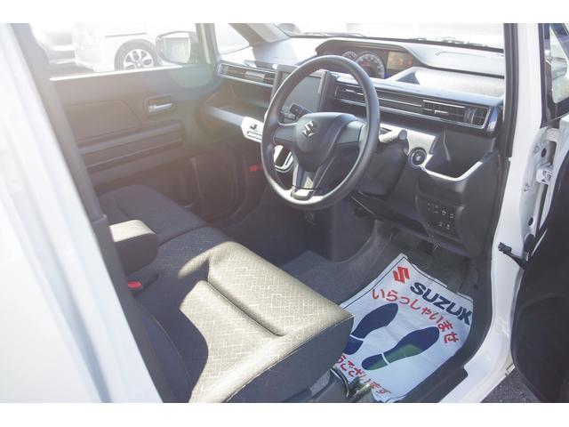 25周年記念車 HYBRID FXリミテッド(5枚目)