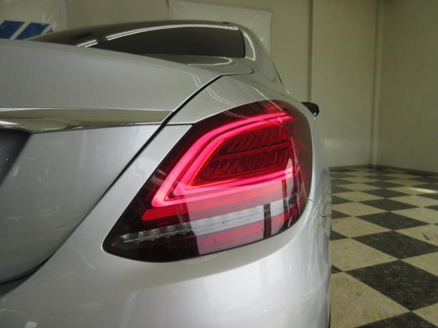 LEDテールライトは夜間を上品に照らすマストアイテムです!