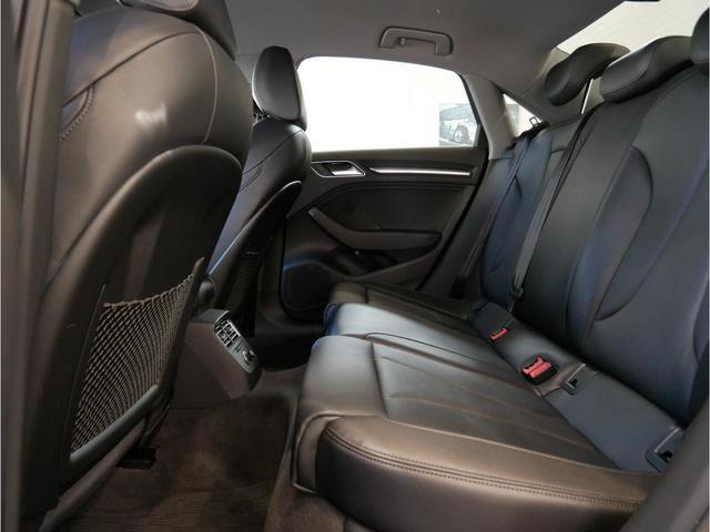 40TFSIクワトロ スポーツ 元デモカー 認定中古車(22枚目)