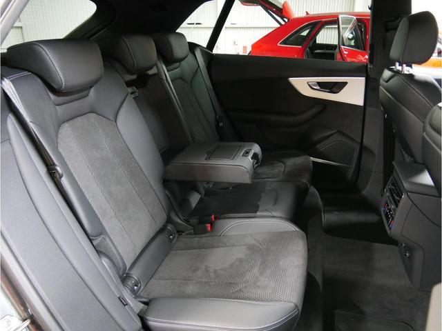 「アウディ」「Q8」「SUV・クロカン」「広島県」の中古車20