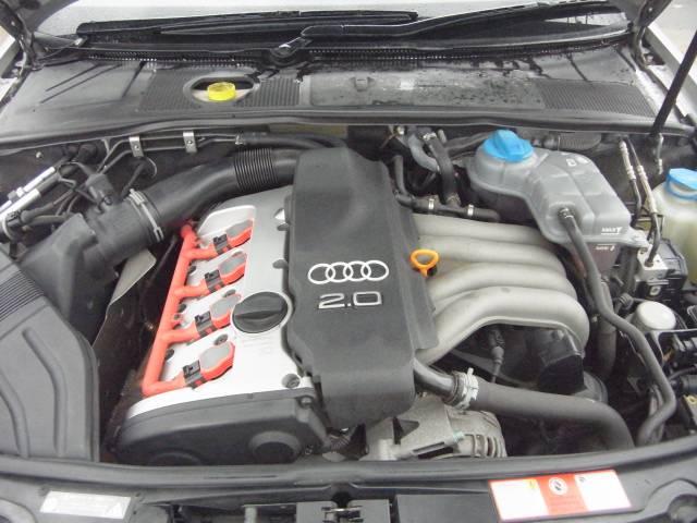 エンジンは2000ccNAエンジン、CVTATなので燃費も良く走りがスムーズです。