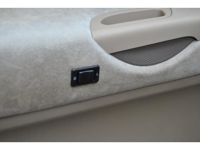 日産 セレナ Vアンシェンテ 福祉車輌 助手席電動乗降装置