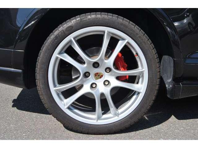 ポルシェ ポルシェ カイエン GTS ティプトロニックS 4WD ディーラー車