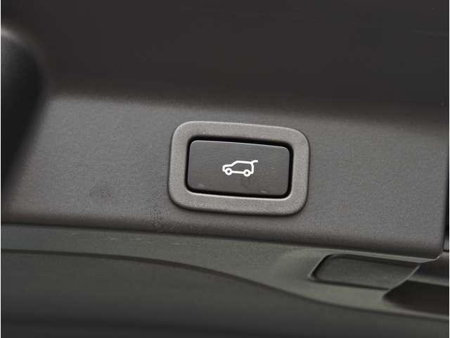 「ジャガー」「ジャガー Fペース」「SUV・クロカン」「福岡県」の中古車18