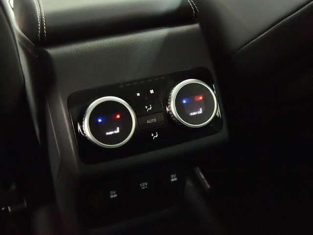 「ジャガー」「ジャガー Iペース」「SUV・クロカン」「福岡県」の中古車16
