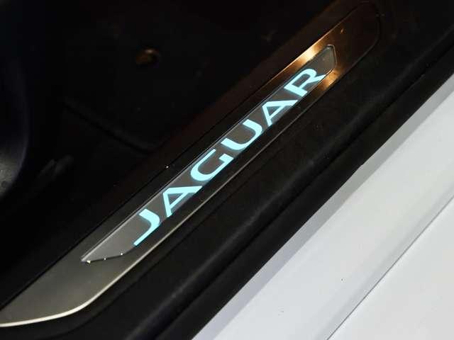 「ジャガー」「ジャガー XF」「セダン」「福岡県」の中古車12