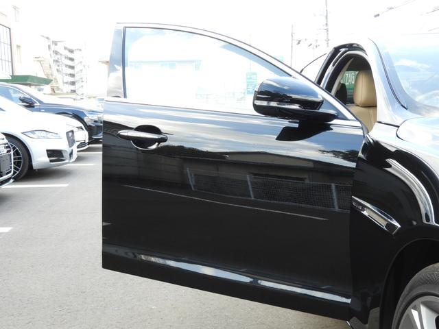 「ジャガー」「ジャガー」「セダン」「岡山県」の中古車32