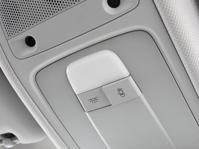 「アウディ」「A1スポーツバック」「コンパクトカー」「岡山県」の中古車68