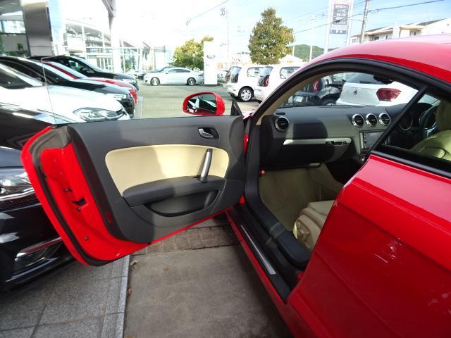「アウディ」「TTクーペ」「クーペ」「鳥取県」の中古車52