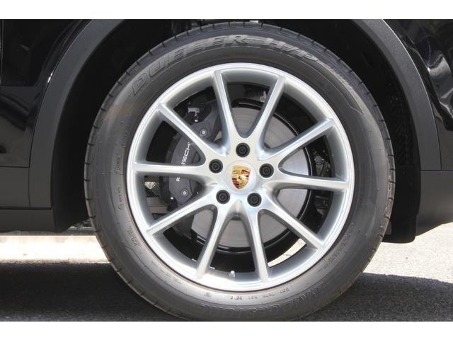 3.0 ティプトロニックS 4WD スポクロ・パノラマルーフ(17枚目)