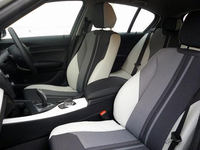 BMW BMW 118d スタイル LEDライト パーキングサポートPKG