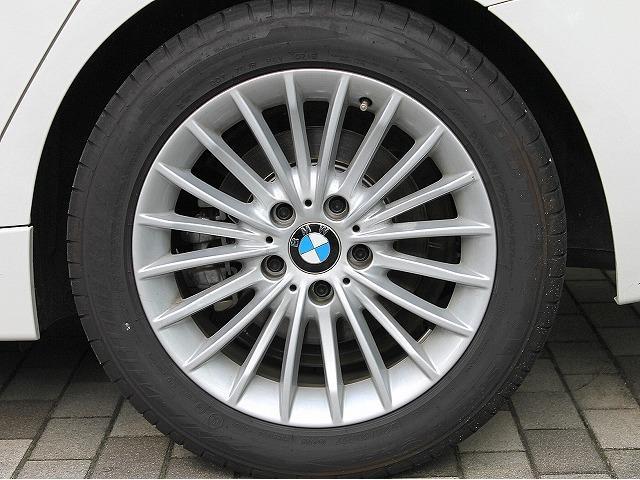 BMW BMW 320dツーリング ラグジュアリー後期EgLEDライトACC