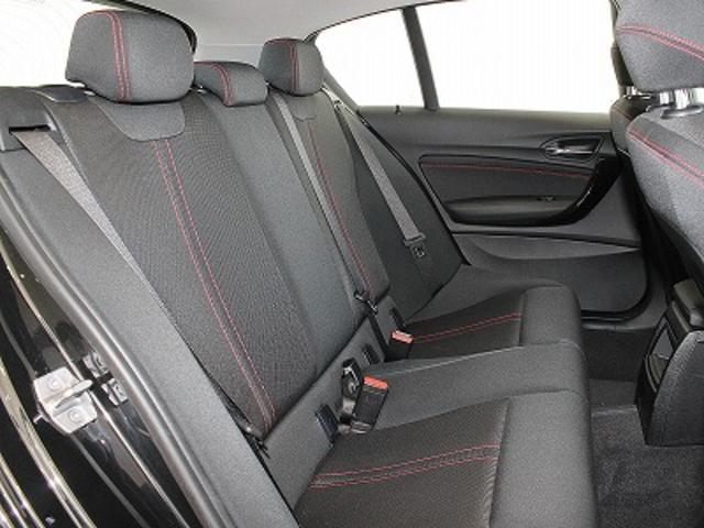 BMW BMW 118d スポーツLEDライト パーキングサポートPKG