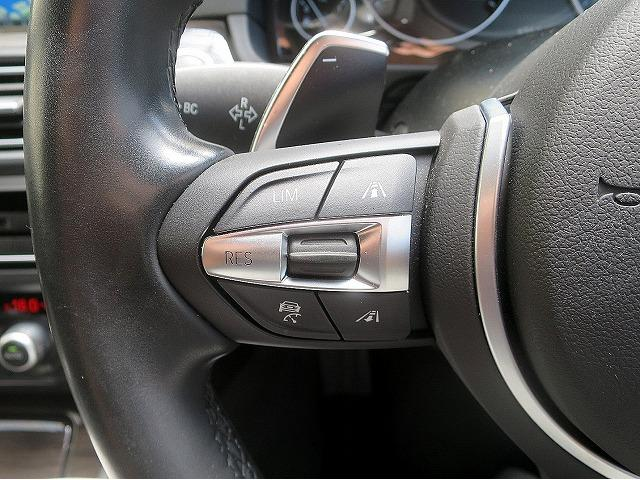 BMW BMW 523i MスポーツLED18AW黒革Aクルコン