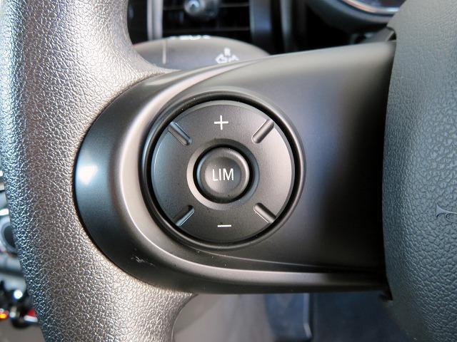 ヴィクトリア LEDヘッドライト 15AW マルチファンクション 純正ナビ iDriveナビ リアビューカメラ 認定中古車(22枚目)