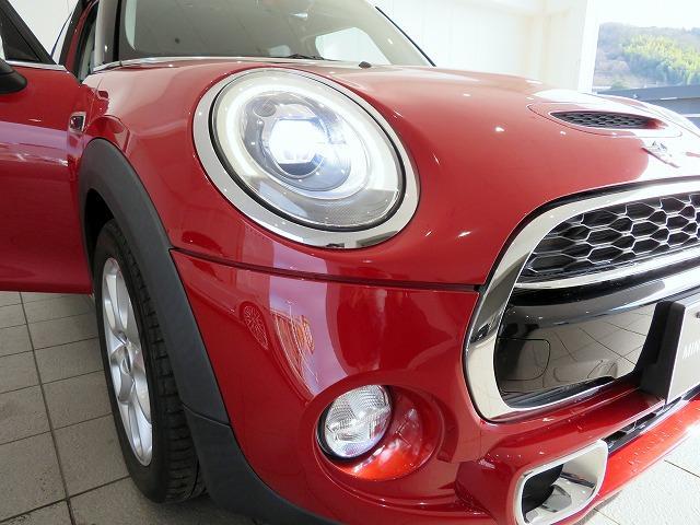 クーパーS LEDヘッドライト 16AW ホワイトルーフ 純正ナビ 社外ETC 認定中古車(8枚目)