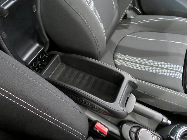 クーパーS LEDヘッドライト 16AW ホワイトルーフ 純正ナビ 社外ETC 認定中古車(19枚目)
