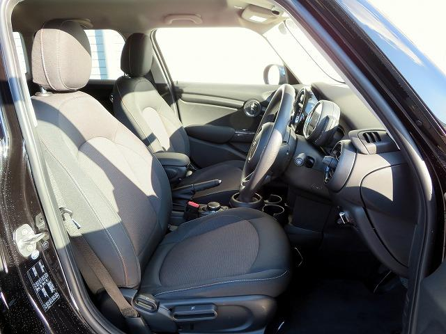 ヴィクトリア LEDヘッドライト 15AW 純正ナビ iDriveナビ 社外ETC 認定中古車(5枚目)
