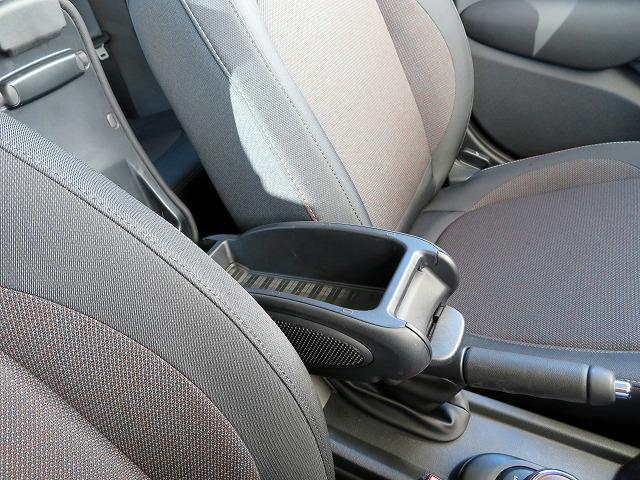 ヴィクトリア LEDヘッドライト 15AW 純正ナビ iDriveナビ 社外ETC 認定中古車(20枚目)