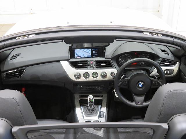 sDrive20i Mスポーツ キセノン 19AW レザーシート ブラックレザー 純正ナビ iDriveナビ 純正ETC 車高調 認定中古車(3枚目)