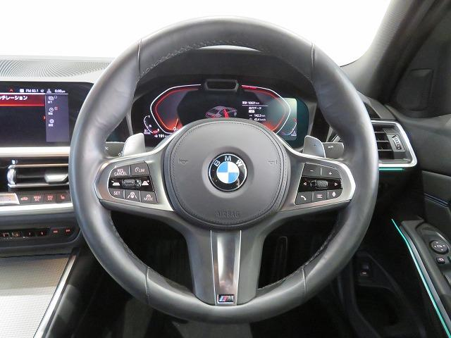 320d xDrive Mスポーツ コンフォートPKG LEDヘッドライト 18AW PDC オートトランク コンフォートアクセス シートヒーター 純正ナビ iDriveナビ トップ リアビューカメラ 純正ETC Aクルコン 認定中古車(4枚目)